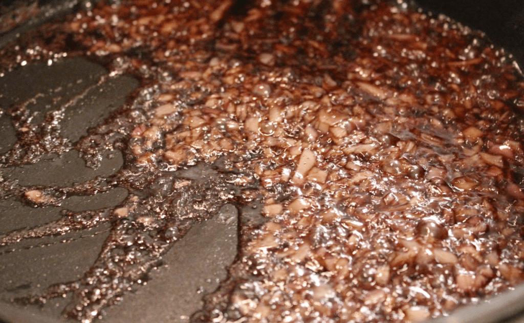 Hjortecarré - rødvinssaus