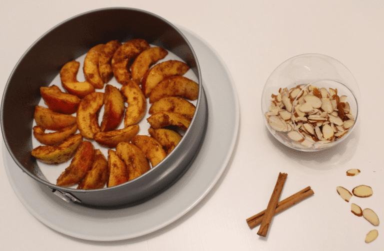 Kake med nektariner og romkrem - 04