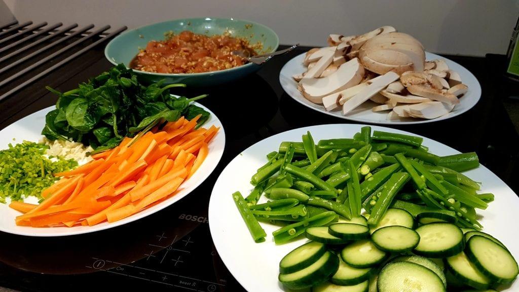 Bibimbap - klargjør ingrediensene